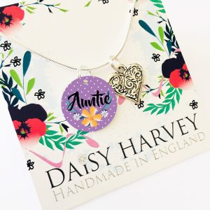 auntie-necklace-gift