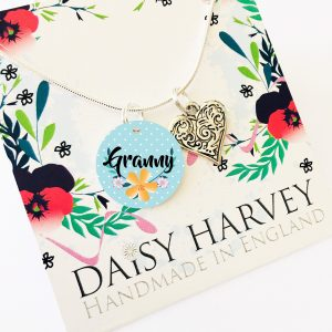 granny-necklace-gift